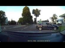Embedded thumbnail for Samochód bez kierowcy czyli oszukać przeznaczenie.